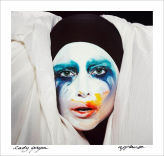Lady-gaga-drops-lead-artpop-single-applause